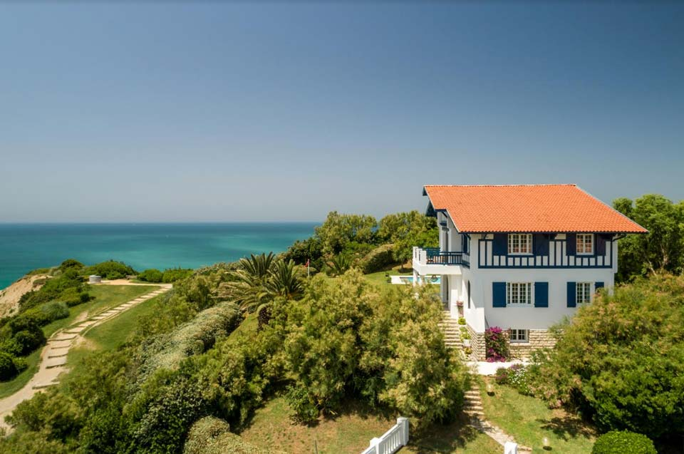 Service shooting pro - Real estate agency Biarritz - Luxury houses and apartments Basque Country