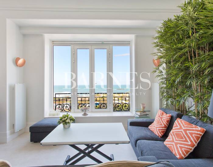BIARRITZ, APARTMENT OVERLOOKING LA GRANDE PLAGE AND HOTEL DU PALAIS, 1 BEDROOM, 2 PEOPLE