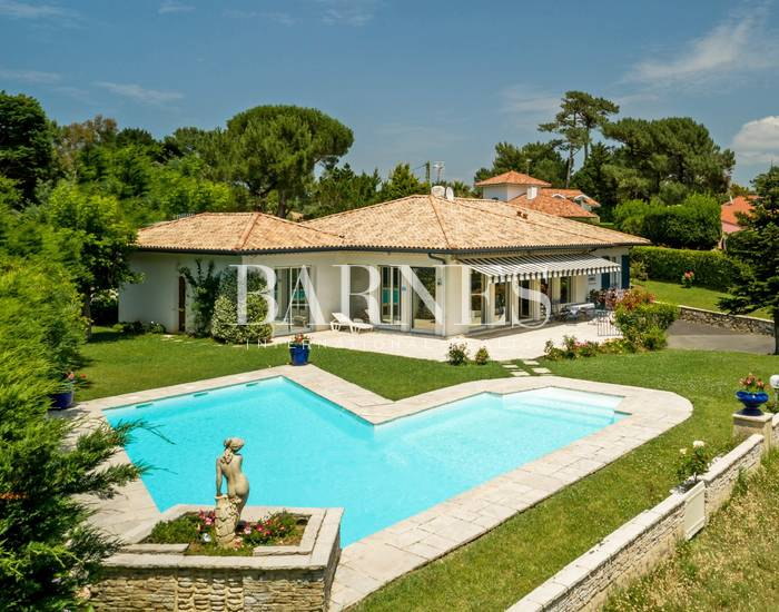 ANGLET CHIBERTA, BEAUTIFUL HOME WITH POOL