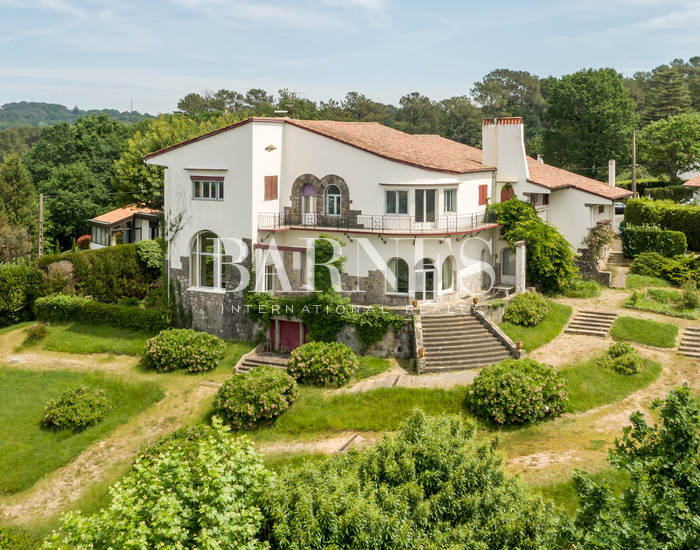 SAINT JEAN DE LUZ, BEAUTIFUL PROPERTY IN CHANTACO