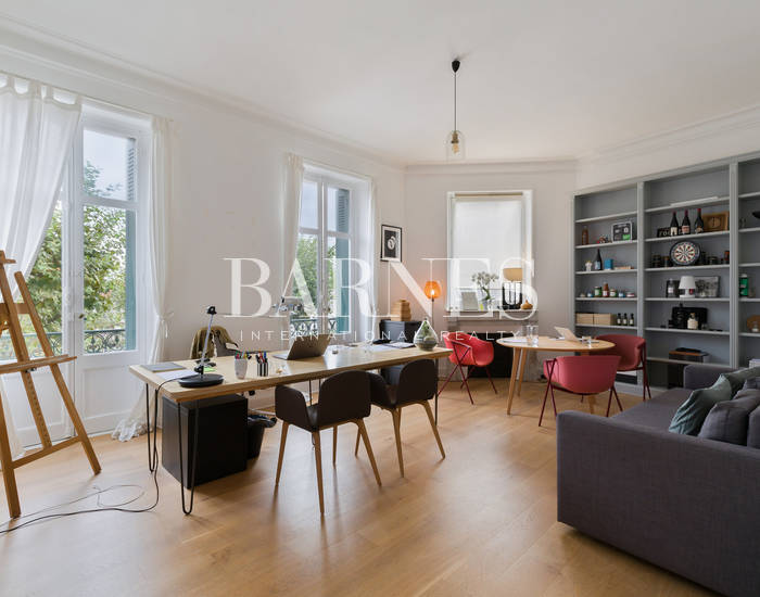 BIARRITZ LES HALLES, BEAUTIFUL APARTMENT WITH BALCONY