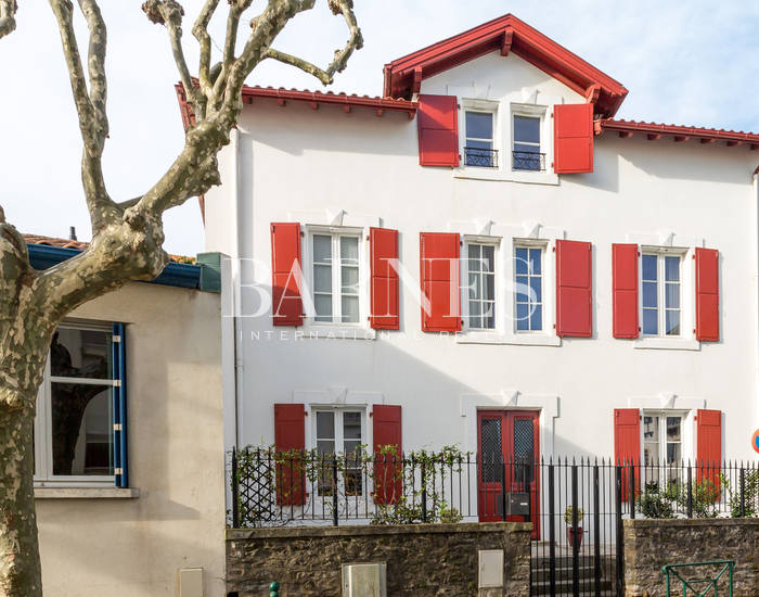 Index - Real estate agency Biarritz - Luxury houses and apartments Basque Country