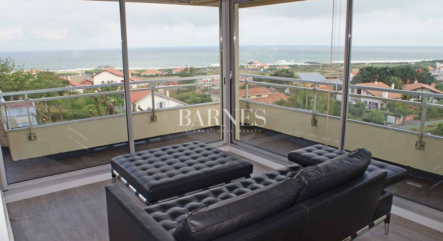 anglet chambre d 39 amour a vendre splendide appartement vue mer de 200m barnes c te basque. Black Bedroom Furniture Sets. Home Design Ideas