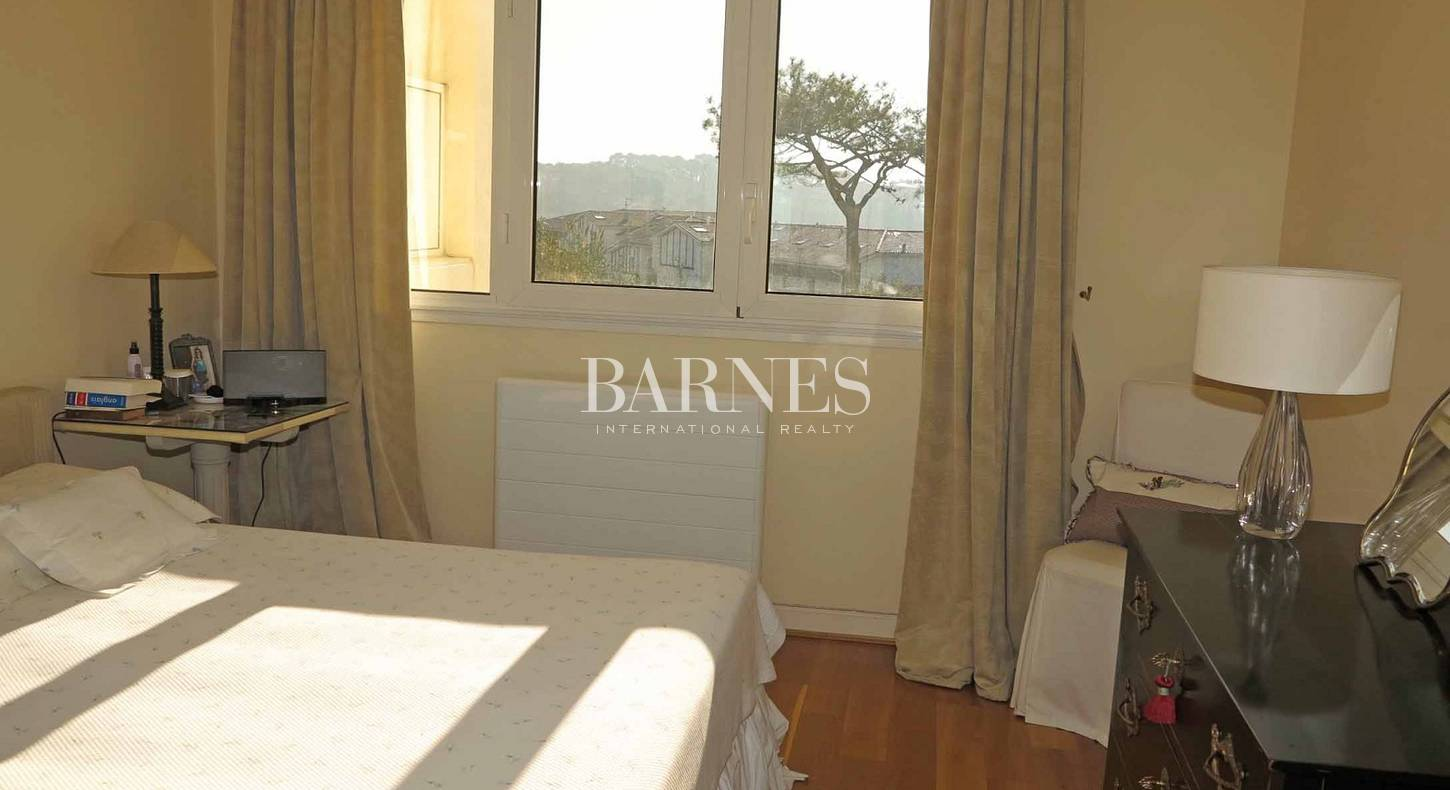 bidart ilbarritz a vendre appartement dans immeuble de grand standing barnes c te basque. Black Bedroom Furniture Sets. Home Design Ideas