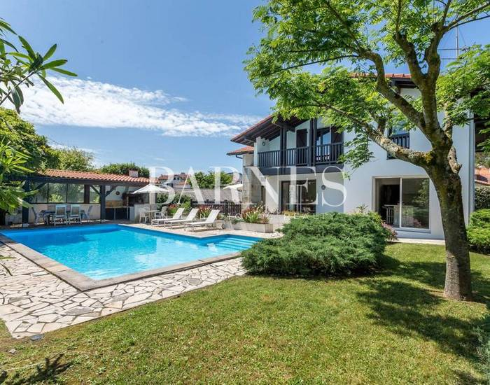 BIARRITZ, CLOSE TO GOLF COURSE AND MIRAMAR BEACH, HOUSE WITH HEATED POOL - 13 PEOPLE