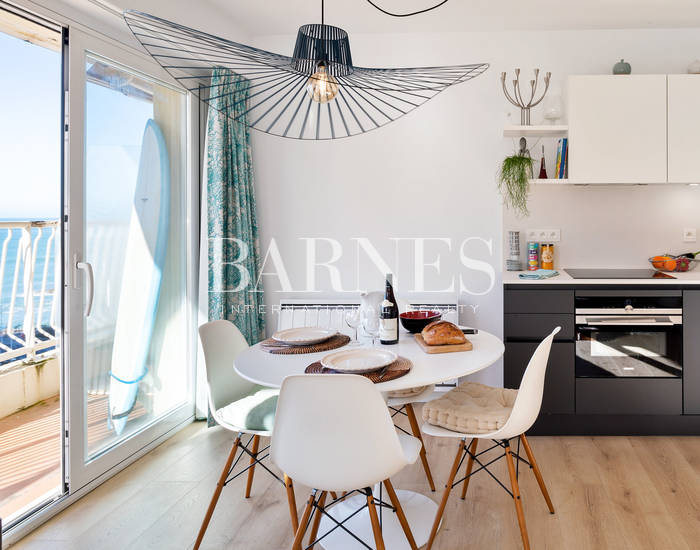 BIARRITZ, APARTMENT WITH SEA VIEW