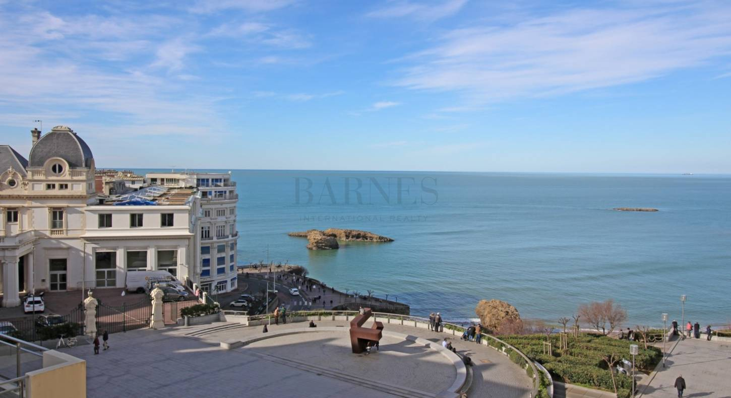 seaside apartment biarritz bellevue with nice view