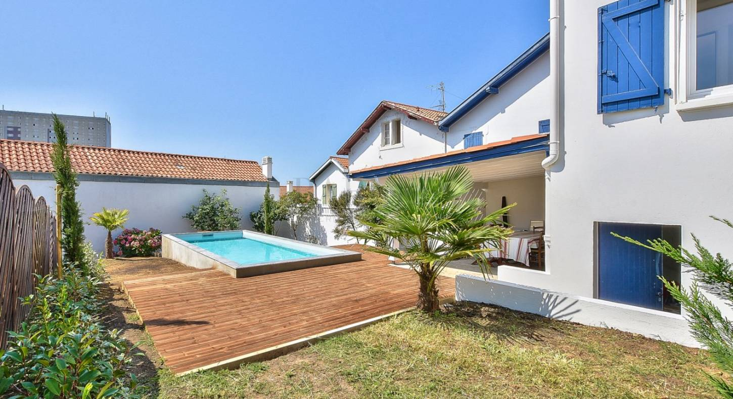 Top 10 houses for sale Biarritz with swimming pool | Autumn 2018